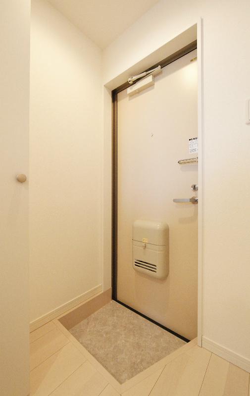 玄関 ※モデルルーム